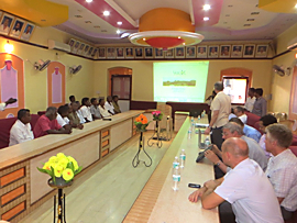 Foto: Capacity Building Workshop in der City Hall der Stadt Tiruvannamalai am 23.09.2014
